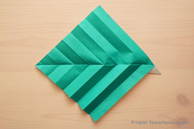 折り紙葉っぱの折り方1